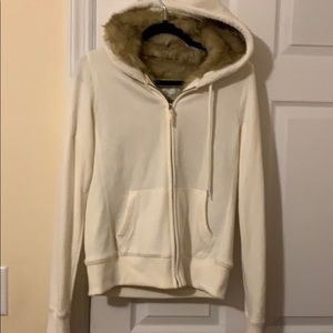 Brand new Abercrombie hoodie with fur inside